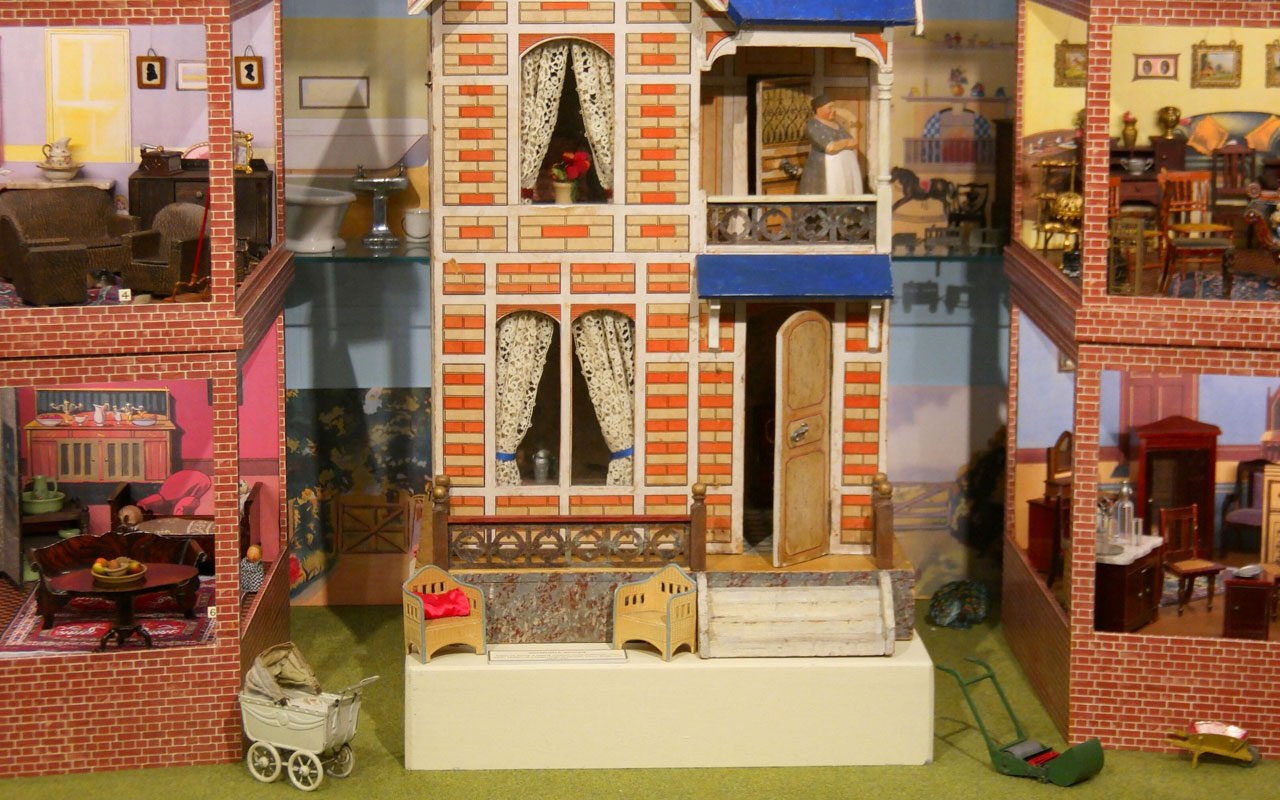 Dollhouses